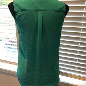 Banana Republic Tops - 🎃 3/$20 Banana Republic green sleeveless blouse